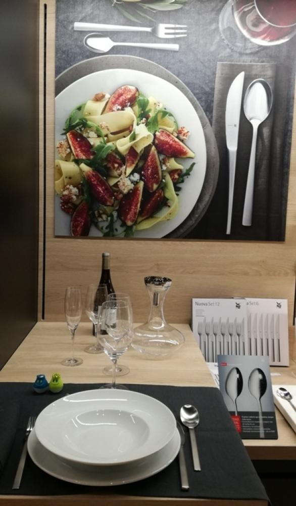 Shop in shop bater as de cocina decoracion mesa for Menaje de cocina madrid